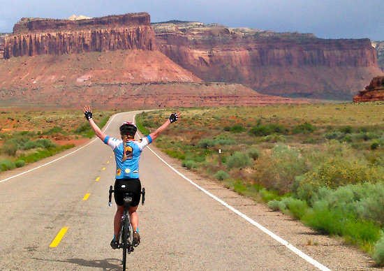 Riding in the Needles District